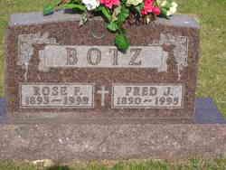 Rose Frances <I>Bromenshenkel</I> Botz