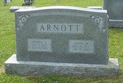 Idora Jane <I>Wikle</I> Arnott