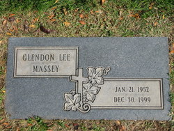 "Glendon Lee ""Glen"" Massey"