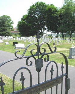 Pine Grove Mennonite Cemetery