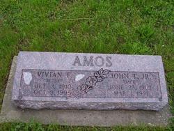 """Vivian Francis """"Betsy"""" <I>Wetmore</I> Amos"""