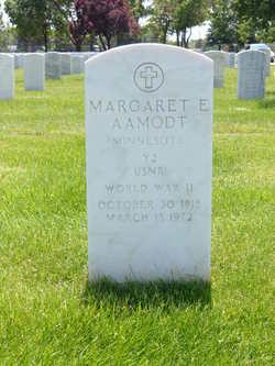Margaret E Aamodt