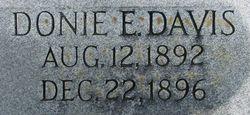 Donie E Davis