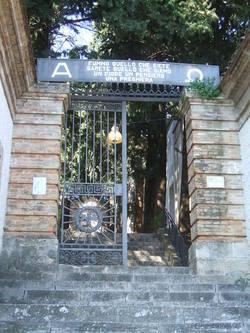 Cimitero di Archi