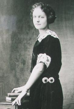 Olga Susanna <I>Asnabrygg</I> Gates