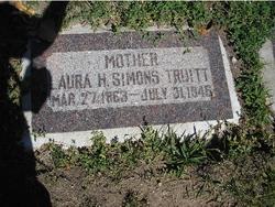 Laura H <I>Simons</I> Truitt