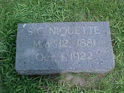 Seraphin Clyde Niquette