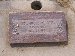 Edward Julian Curtis