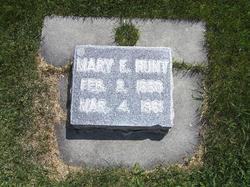 Mary Elizabeth <I>Beesley</I> Hunt