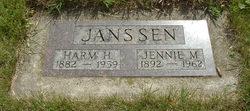 Jennie Mae <I>Mead</I> Janssen