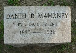 Daniel R Mahoney