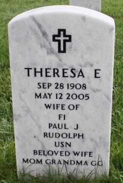 Theresa E Rudolph