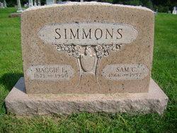 """Margaret Elizabeth """"Maggie"""" <I>Sigafoose</I> Simmons"""