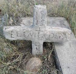 Elena Olivas