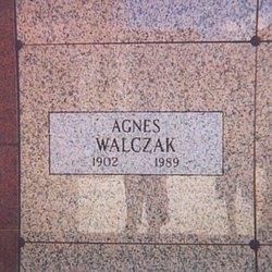 Agnes Irene <I>Zalewski</I> Walczak