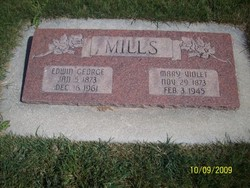 Mary Violet <I>Farnworth</I> Mills