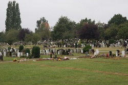 Grove Park Cemetery in Grove Park, Greater London - Find A