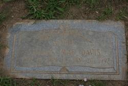 Lillian <I>McDaniel</I> Davis