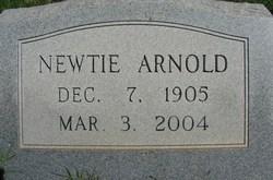 """Winnie Newton """"Newtie"""" <I>Shaw</I> Arnold"""