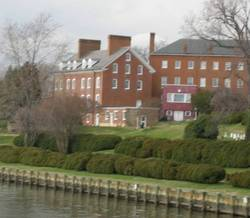 Charles Carroll House Grounds