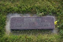 Edna D Adams