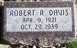 Robert Roy Davis