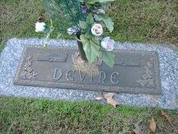 Mavis Earlene <I>Morefield</I> Devine