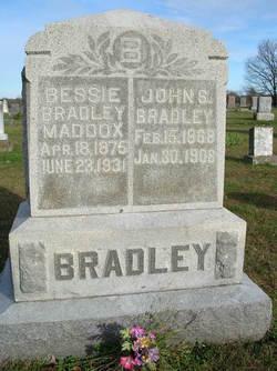 "Sarah Elizabeth ""Bessie"" <I>Hubbard</I> Bradley"