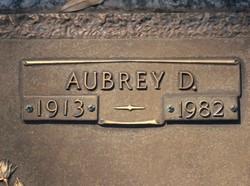 Aubrey D Jacks