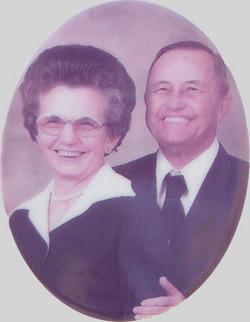 Maudie B. <I>Bennett</I> Giles