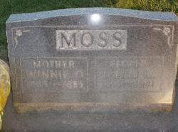 "Mary Leona Winnifred ""Winnie"" <I>Olsen</I> Moss"