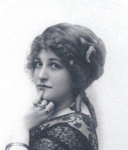 Octavia Handworth