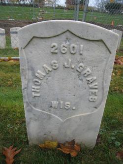 Thomas T Graves