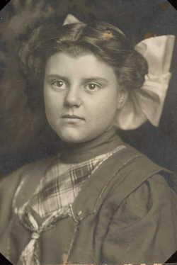 Frances Aileen <I>Tufford</I> Bench