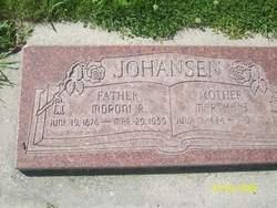 Moroni R Johansen
