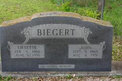Liesette Catherine <I>Schneider</I> Biegert