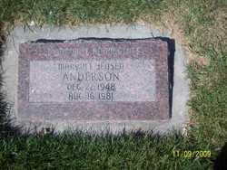 Mary Vee <I>Jensen</I> Anderson