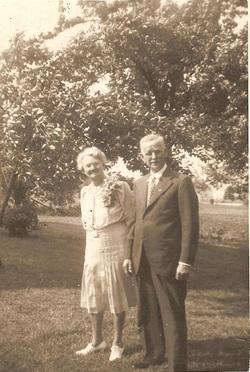 Bertha Lavon <I>Vest</I> Brown