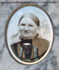 Wilhelmine <I>Thiele</I> Straach