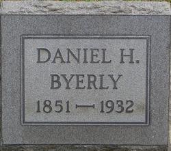 "Daniel Harlan ""Dan"" Byerly"
