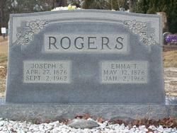 """Emily """"Emma"""" <I>Tucker</I> Rogers"""