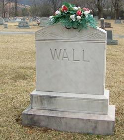 Eddie Lucille Wall