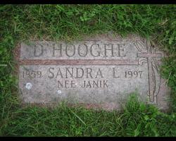 Sandra Lynn <I>Janik</I> D'Hooghe