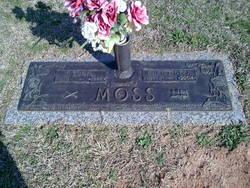 "Mary Christine ""Christine"" <I>Johnson</I> Moss"