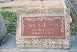 """Antonia E """"Sis"""" Haas"""