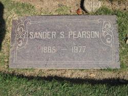 "Sander Sigfrid ""Sandy"" Pearson"