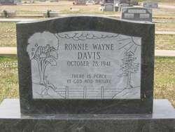 Ronnie Wayne Davis