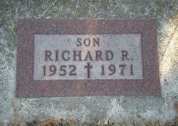 Richard R Barett