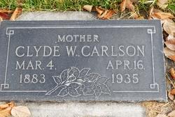 Harriet Clyde <I>Warburton</I> Carlson