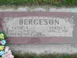 La Nae B. Bergeson